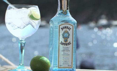 Bombay Sapphire and Artsy call for Visual artists in Canada