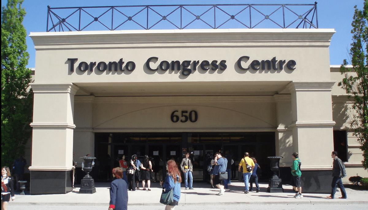 Toronto opens drop-in vaccine clinic at Toronto Congress Centre