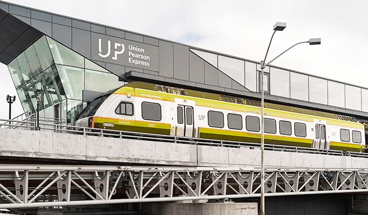 UP Express reinroduces 30-minute trips